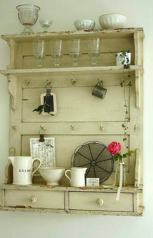 Ideas para cocinas de estilo r stico for Decorar puertas viejas de interior